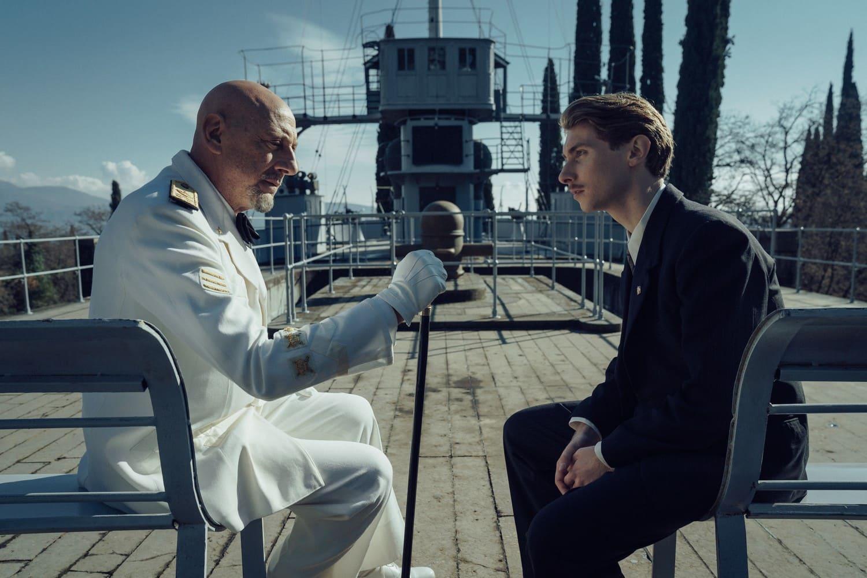 il cattivo poeta nave